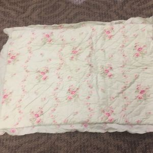 Simply Shabby Chic Quilted Standard Shams 2